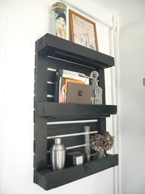 transformer une petite palette en tag re atelier des tilleuls. Black Bedroom Furniture Sets. Home Design Ideas