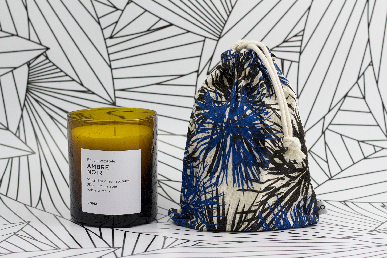 bougie végétale à l'ambre noir by SOMA Paris