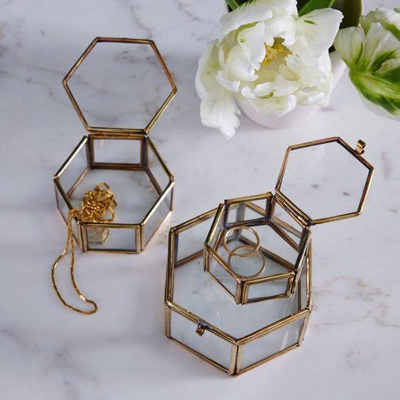 atelierdestilleuls vitrine boite a bijoux 02