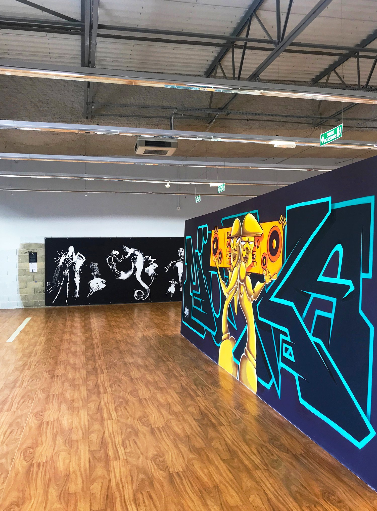 """expo l'art ou on ne l'attend pas,   ANGÈLE POULAIN VILLENEUVE  alias El René -  """"Les créatures obscures"""" et  MÖKA - Graffiti fresque de 7m x 2,3m"""