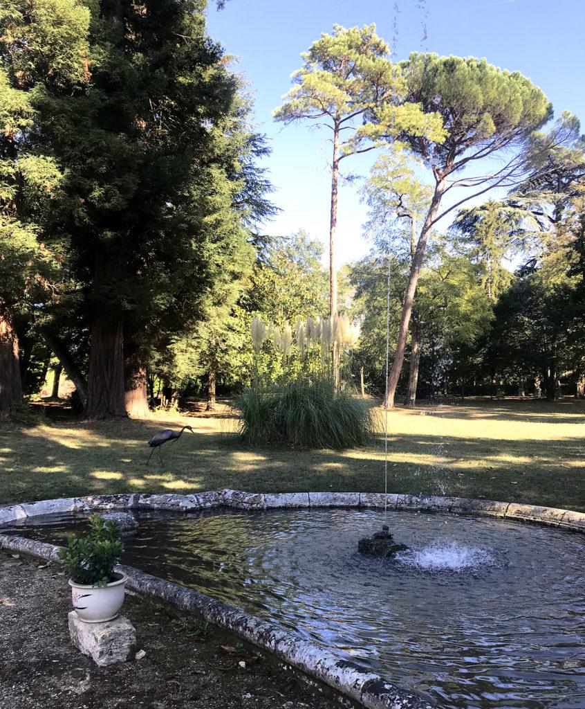 fontaine du parc du château de la Courade en Charente