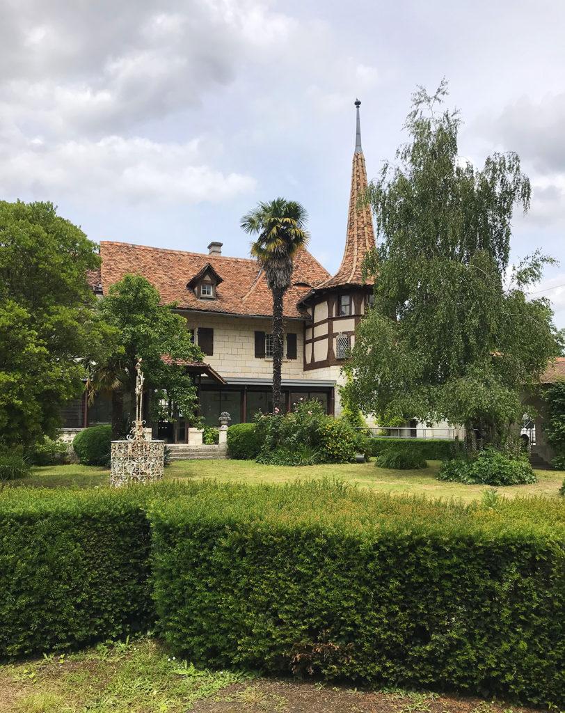 façade de la maison alsacienne à Angoulême en Charente