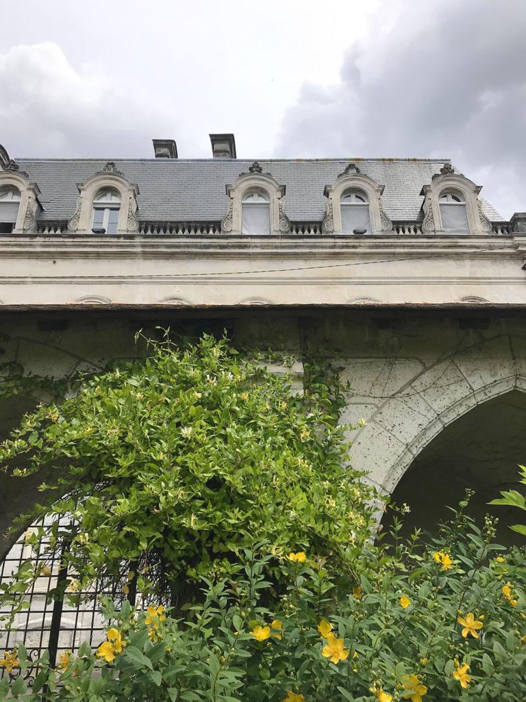 vue depuis le jardin de la maison alsacienne à Angoulême en Charente