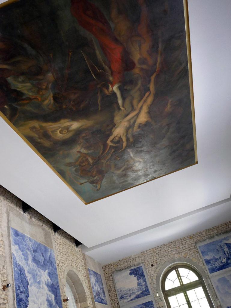 peinture au plafond du château de la mercerie en charente