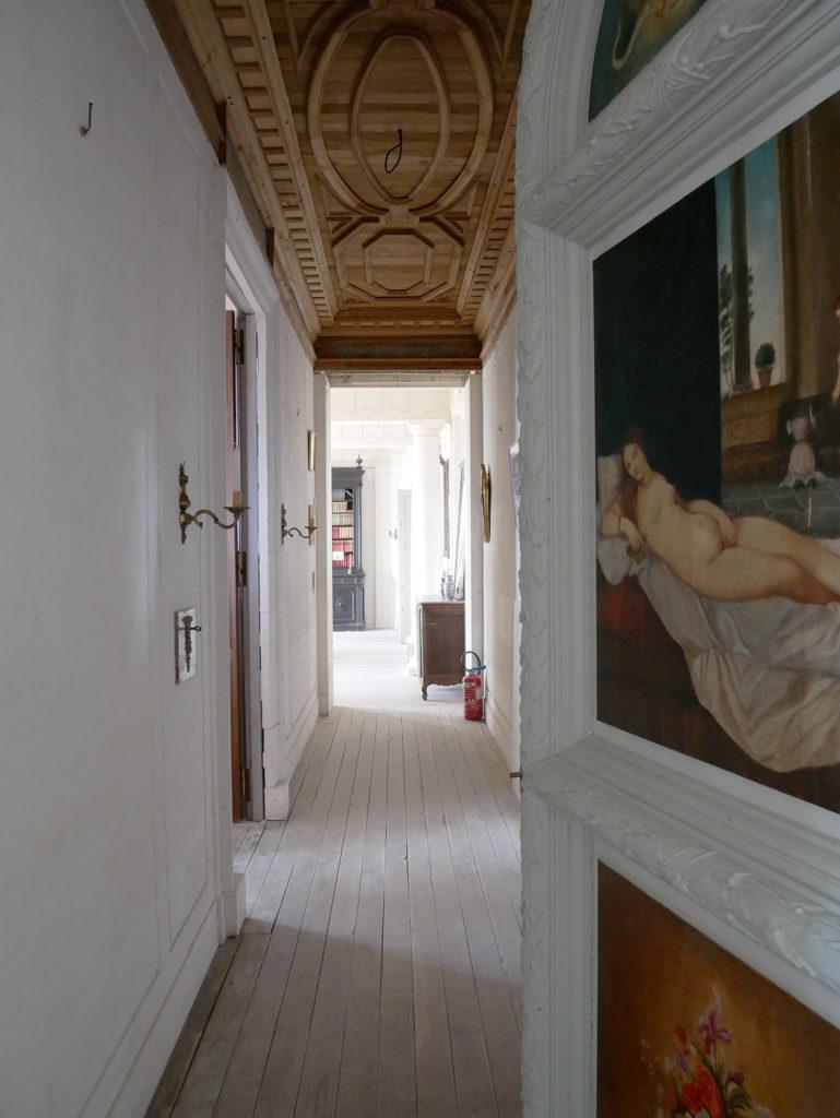 couloir au château de la mercerie en charente