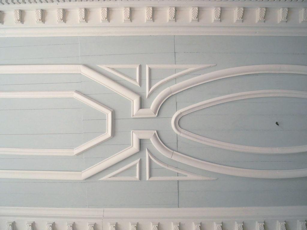 plafond peint du château de la mercerie en charente