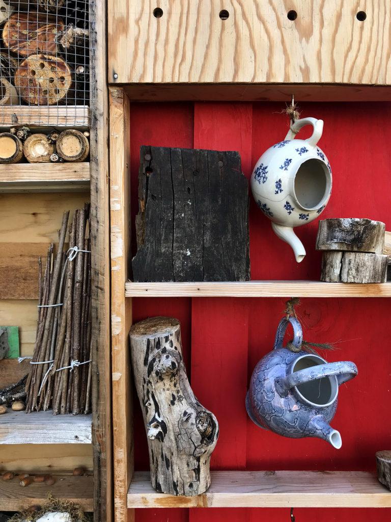 cabane à insectes de la recyclerie avril rouillac