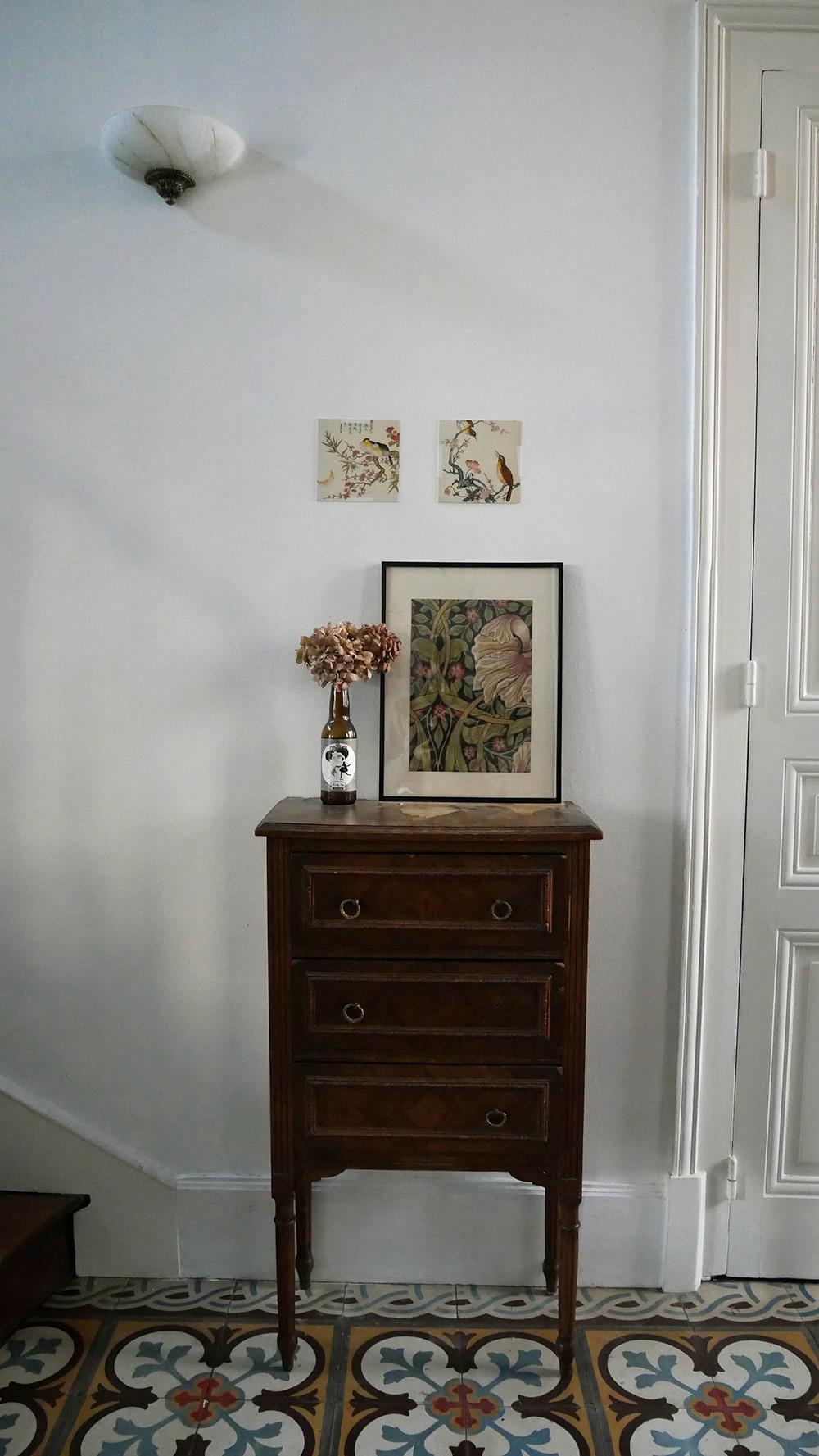 cadre déco réalisé avec l'échantillon de papier peint Pimpernel de William Morris