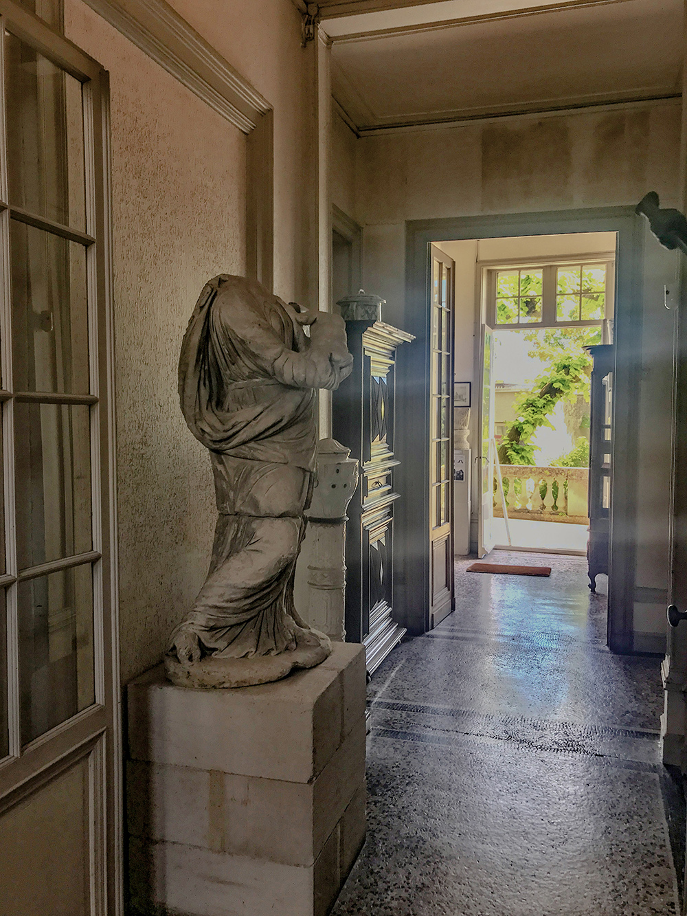couloir principal de la maison de la SAHC